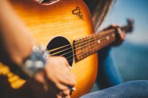 Origines de la musique country : un son apprécié en France